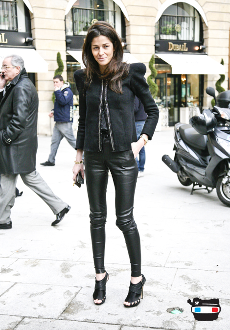 Barbara Martelo, Stylist_balmain jacket_nicolas kirkwood heels