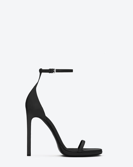316212_CYU00_1000_A-ysl-saint-laurent-paris-women-jane-sandal-in-black-leather-450x564